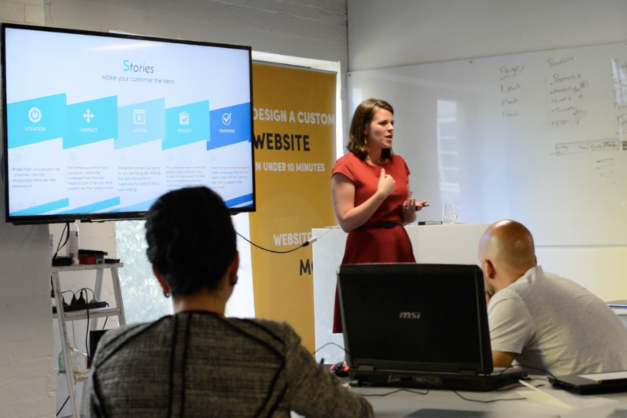 Lauren running a workshop on storytelling at Moble in 2017
