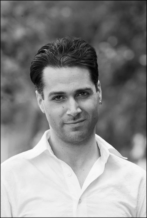 Simon Lobelson