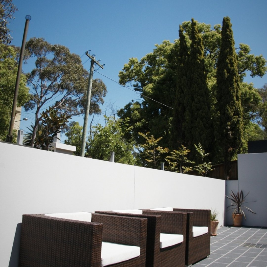 Front Courtyard 3