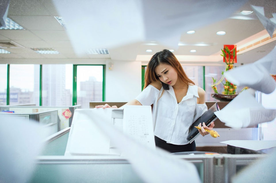 5 Secrets to Cope with Feeling Overwhelmed at Work