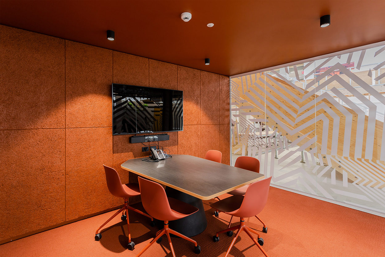 SLR Consulting Workplace - Sydney