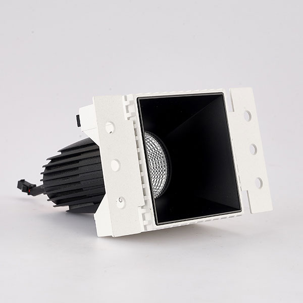 CLK trimless downlight with black reflector