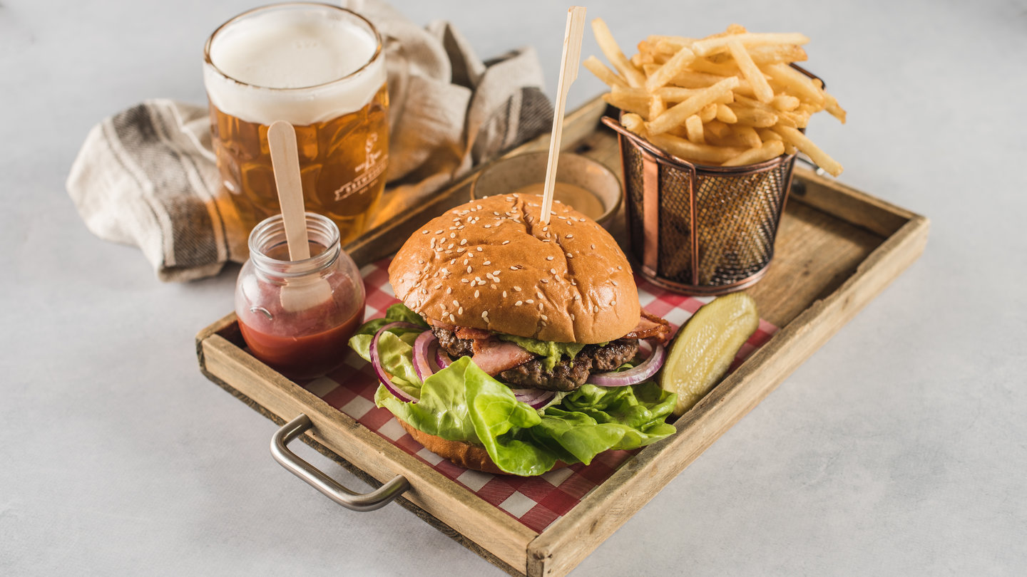 BURGER OF THE MONTH -MAPLE MAY