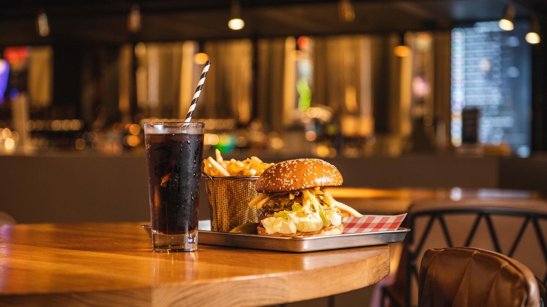 Brewhouse Burger Combo