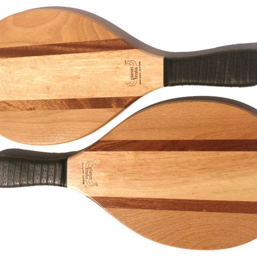 <p>Our Frescobol or Brasilian paddle bat sets come with two premium paddle bats and canvas satchel with shoulder strap. Byron bats are crafted from two tone bamboo and our Copacabana design combines sapele, maple and beechwood.</p><p> </p><p>- FREE DELIVERY AUSTRALIA WIDE -</p>