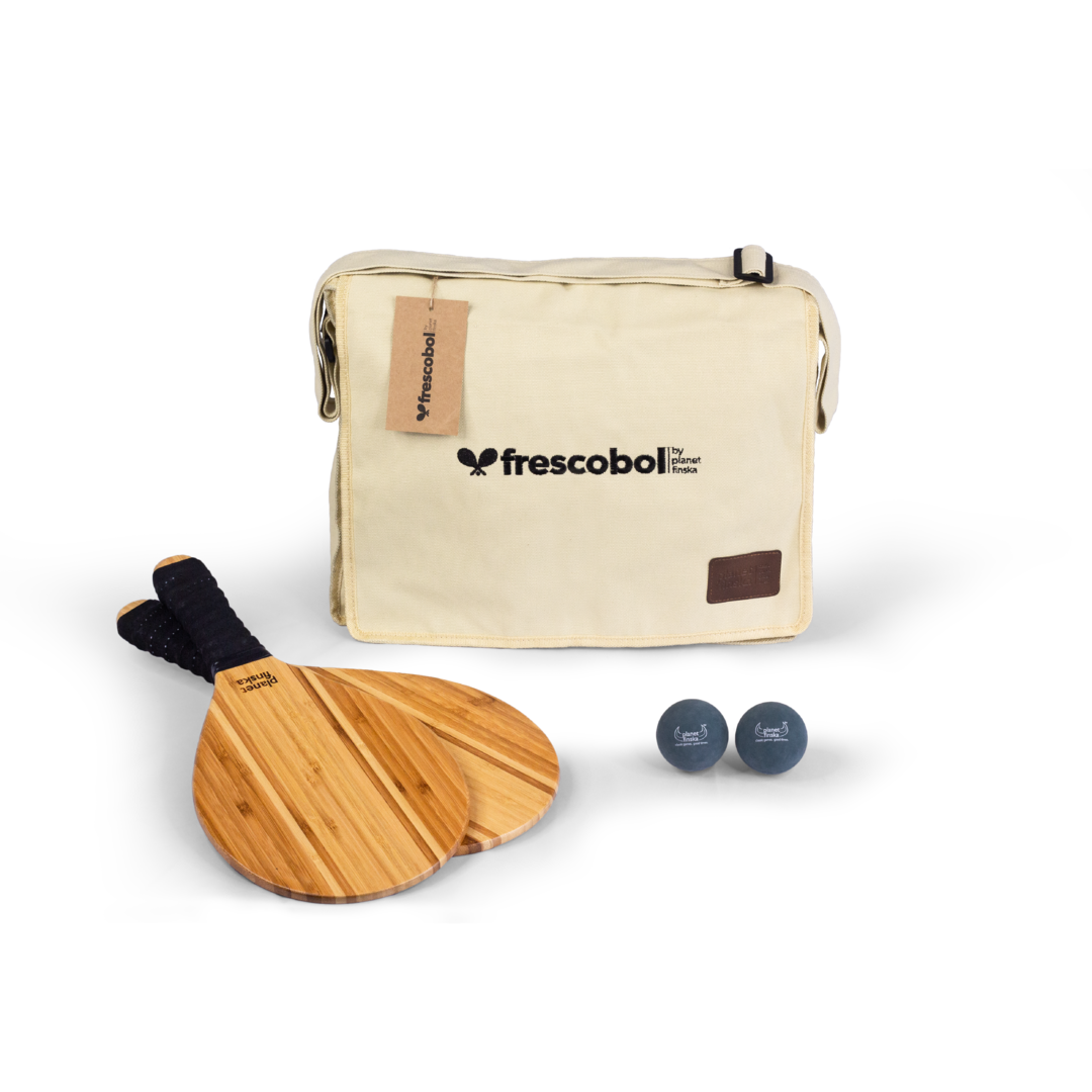 Our Frescobol or Brasilian paddle bat sets come with two premium paddle bats, two balls and canvas satchel with shoulder strap. Byron bats are crafted from beautiful two tone bamboo.� �