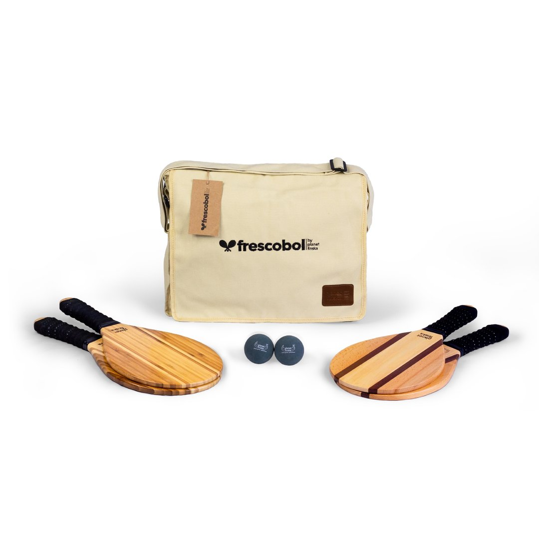 Our Frescobol or Brasilian paddle bat sets come with two premium paddle bats and canvas satchel with shoulder strap. Byron bats are crafted from two tone bamboo and our Copacabana design combines sapele, maple and beechwood.