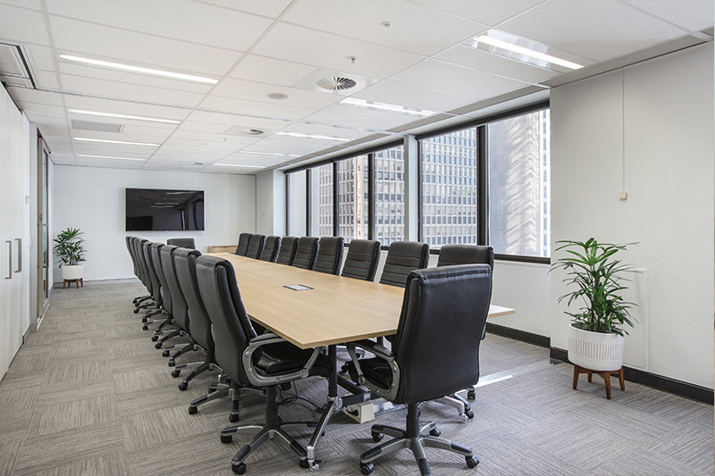 20 PERSON BOARDROOM