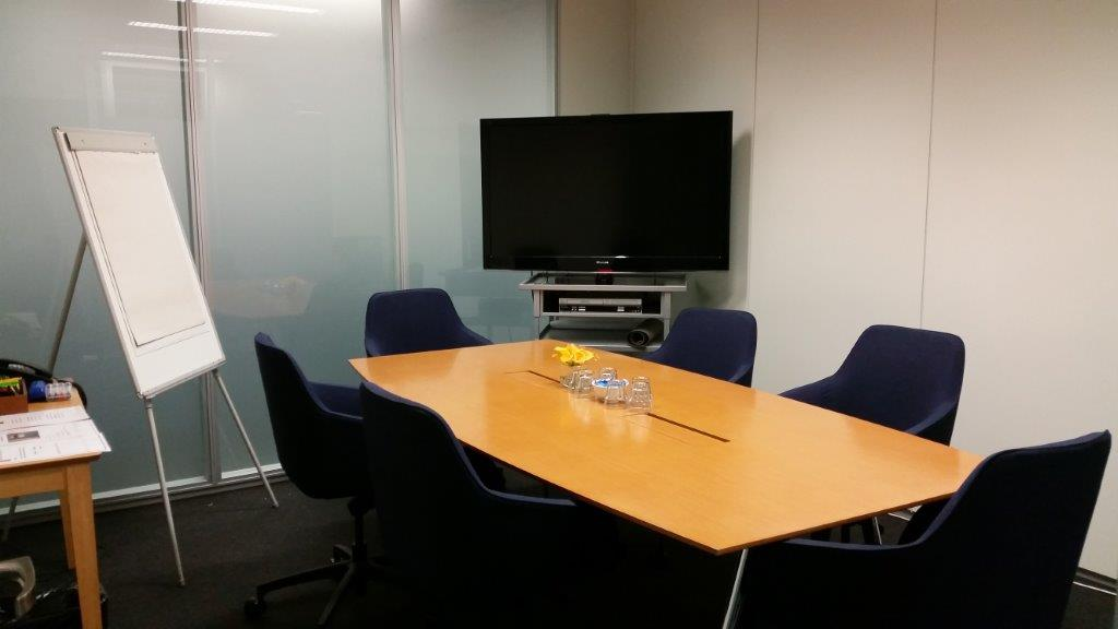 6 Person Meeting Room (Internal)