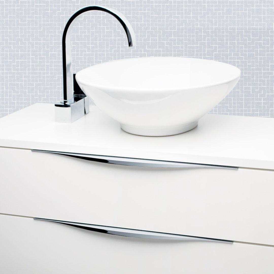 DL830 Chrome handle on bathroom vanity.