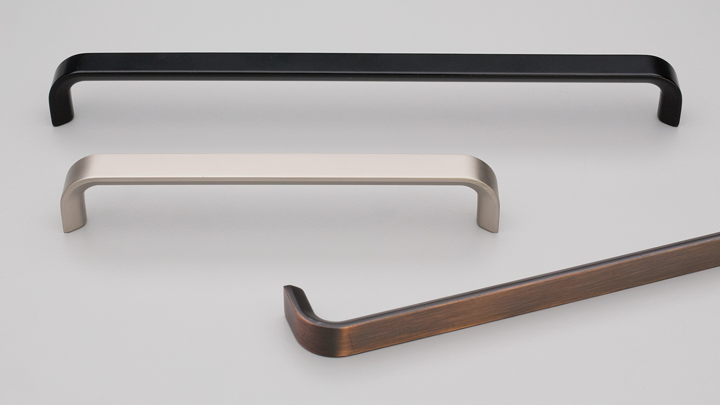 D899 EALING half rounded D handle : Kethy