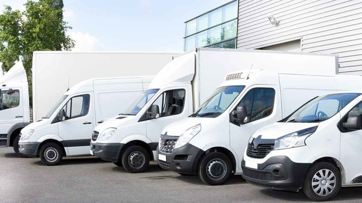 Fleet cover can often be overlooked by SMEs - in this article we explain what a policy can cover and the benefits of purchasing commercial fleet insurance.